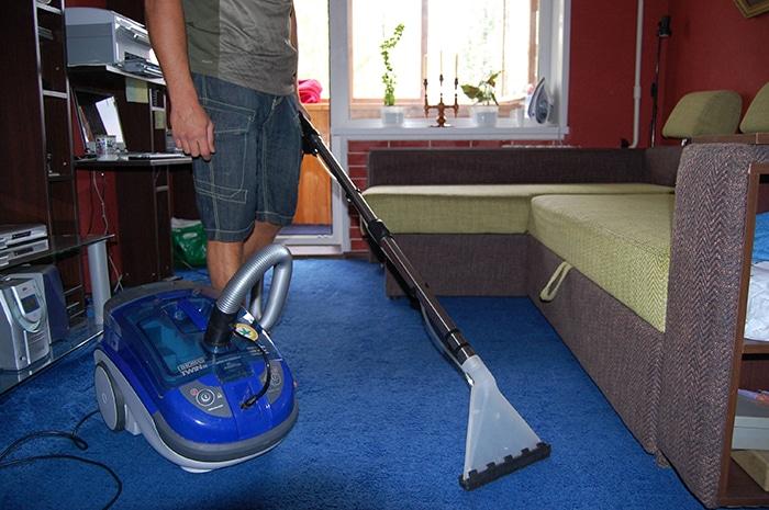 Інструкція по очистці килиму миючим пилососом